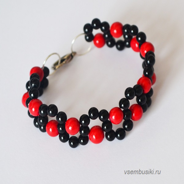 Красный браслет из бусин своими руками 58