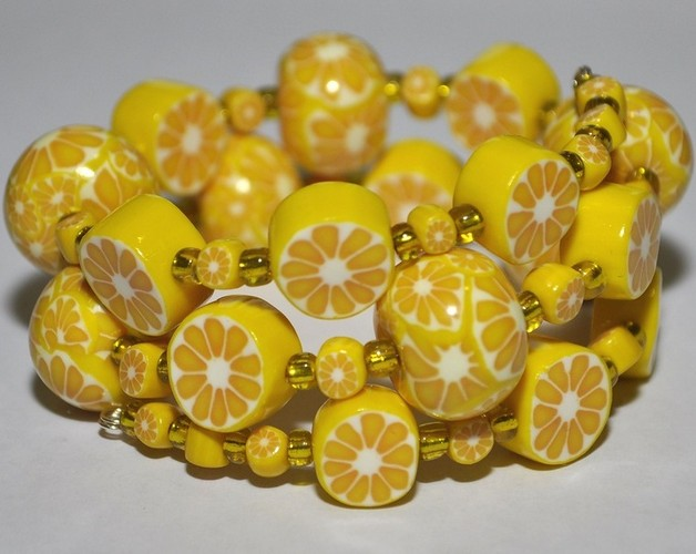 Лимонный браслет сделано своими руками